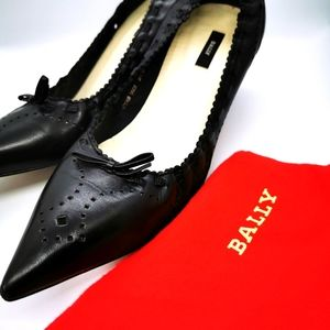 Bally Heels 👠 Black leather Womens Size US 8